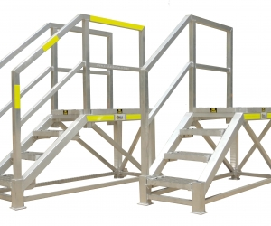 Tessa 4 step access platform